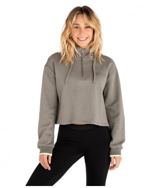 EPIC HEIGHTS CROP HOODY